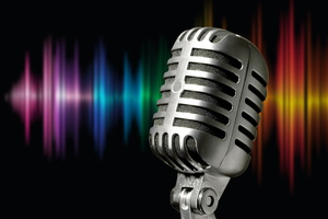 microphone-1074362 1920